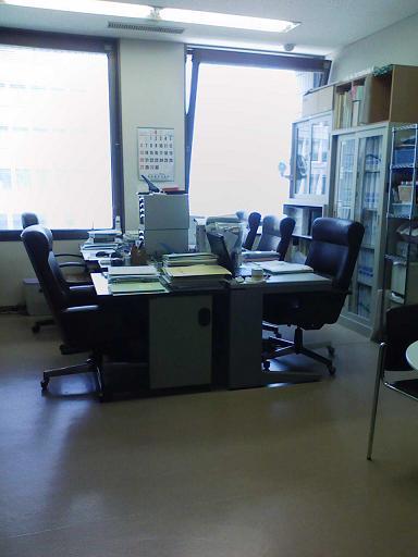 200804事務所.JPG